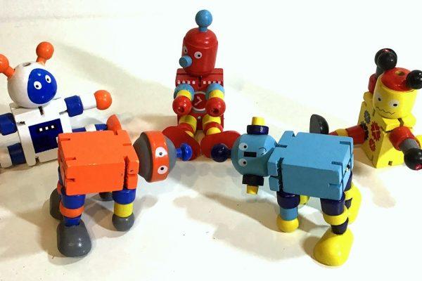 Robot 008